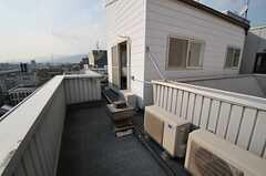 専用のベランダは十分なスペースを持っています。(1004号室)(2013-10-30,専有部,ROOM,10F)