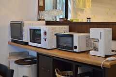 キッチン家電の様子。(2013-09-20,共用部,KITCHEN,2F)