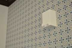 室内物干しがあります。(201号室)(2013-09-20,専有部,ROOM,2F)