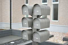 郵便受けは専有部ごとに分かれています。(2018-11-05,周辺環境,ENTRANCE,1F)