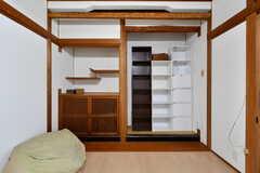 専有部の様子2。備品は入居者さんの私物です。(204号室)(2018-06-13,専有部,ROOM,2F)