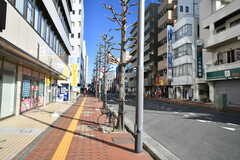 小田急線・本厚木駅周辺の様子。(2020-02-05,共用部,ENVIRONMENT,1F)