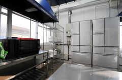 シェアハウスのキッチンの様子2。(2010-10-15,共用部,KITCHEN,1F)