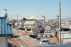 屋上からは天気が良いと富士山が見えます。(2016-03-01,共用部,OTHER,3F)