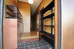 正面玄関から見た内部の様子。(2013-10-28,周辺環境,ENTRANCE,1F)