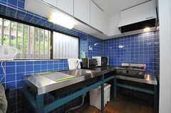 リビングと一体となったキッチン。(2013-07-29,共用部,KITCHEN,1F)