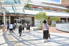 「Terrace Mall 湘南」はJR東海道本線(東京~熱海) 辻堂駅の北口からも出入りが可能です。(2018-09-19,共用部,ENVIRONMENT,1F)