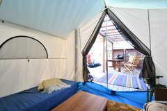 テントの中から見るとこんな感じ。(2016-12-05,共用部,OTHER,1F)