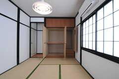 収納の様子。(202号室)(2013-03-18,専有部,ROOM,2F)