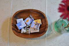 ワールドワイドなチョコレートです。(2012-07-02,共用部,LIVINGROOM,1F)