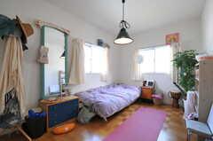 専有部の様子。備品は入居者さんの私物です。(203室)(2012-07-02,専有部,ROOM,2F)