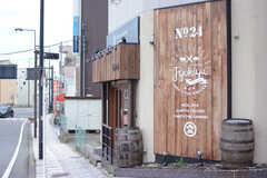 飲食店も点在しています。(2017-09-19,共用部,ENVIRONMENT,1F)