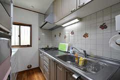 サブのキッチンの様子。リビング横のキッチンが使用中の時はこちらを使用できます。(2016-09-05,共用部,KITCHEN,1F)