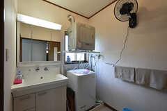 脱衣室の様子。基本的な設備は「森の湯」側と同じです。(2016-09-05,共用部,BATH,1F)