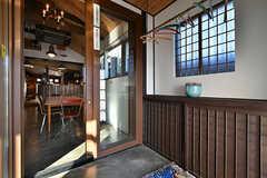 玄関から見た内部の様子。(2017-12-05,周辺環境,ENTRANCE,1F)