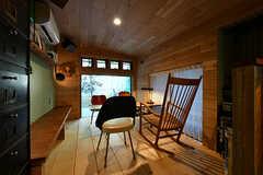 小上がりの様子。天井はすこし低めです。(2017-12-05,共用部,LIVINGROOM,1F)