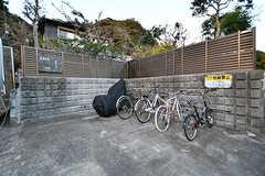 自転車置場の様子。(2017-12-05,共用部,GARAGE,1F)