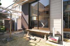 外から見た専有部の様子。(103号室)(2013-03-22,専有部,ROOM,1F)