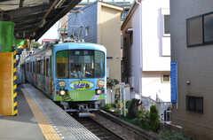 江ノ電の様子。(2013-03-22,共用部,ENVIRONMENT,1F)