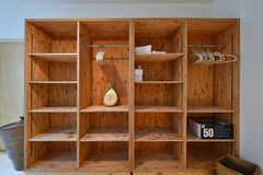 収納棚の様子。(102号室)(2017-03-14,専有部,ROOM,1F)