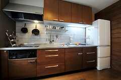 シェアハウスのキッチンの様子。(2011-06-13,共用部,KITCHEN,1F)