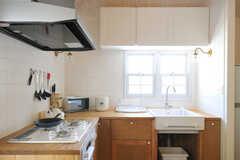 キッチンの様子2。(2013-03-12,共用部,KITCHEN,2F)