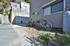 自転車置き場の様子。(2017-12-05,共用部,GARAGE,1F)