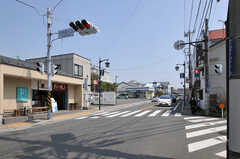 シェアハウス周辺の交差点の様子。(2013-04-05,共用部,ENVIRONMENT,1F)