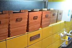 部屋ごとに設けられたボックス。調味料などをしまっておけます。(2016-06-21,共用部,KITCHEN,1F)