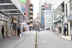 小田急線・鶴川駅周辺の様子2。(2016-11-30,共用部,ENVIRONMENT,1F)