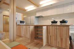 部屋ごとに設けられた収納スペース。(2014-03-24,共用部,KITCHEN,1F)