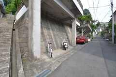 自転車置場の様子。(2014-06-17,共用部,GARAGE,1F)