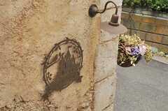 サインはお城をかたどっています。(2014-05-27,共用部,OTHER,1F)