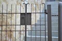 門扉の様子。(2014-05-27,周辺環境,ENTRANCE,1F)