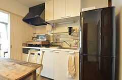 小さめですがキッチンもあります。(2014-05-27,共用部,KITCHEN,1F)