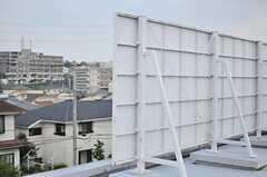看板が設置されています。(2013-08-22,共用部,OTHER,3F)