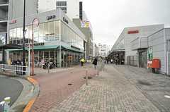 小田急小田原線・鶴川駅前の様子。(2015-03-10,共用部,ENVIRONMENT,1F)