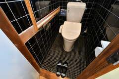 男性用ウォシュレット付きトイレの様子。(A棟)(2019-03-01,共用部,TOILET,2F)