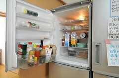 冷蔵庫の様子。(2013-07-18,共用部,KITCHEN,1F)