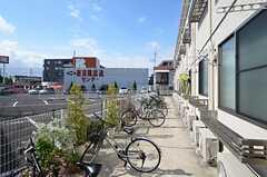 自転車置き場の様子。(2013-09-26,共用部,GARAGE,1F)