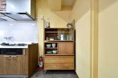 食器棚の様子。(2017-04-27,共用部,KITCHEN,1F)
