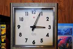 時計はナショナル製。(2011-06-01,共用部,OTHER,1F)