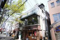 建物の外観。3、4階がシェアハウスです。(2010-04-26,共用部,OUTLOOK,1F)