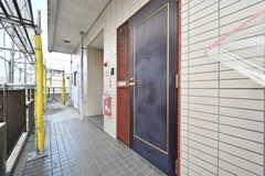 シェアハウスの玄関ドア。(2017-09-28,周辺環境,ENTRANCE,4F)