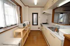 シェアハウスのキッチンの様子。(2008-07-29,共用部,KITCHEN,2F)