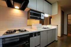 キッチンの様子2。(2013-11-21,共用部,KITCHEN,1F)