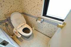ウォシュレット付きトイレの様子。(2012-04-13,共用部,TOILET,3F)