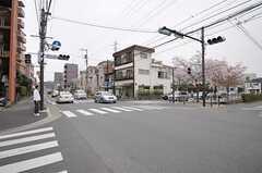 JR南武線・武蔵中原駅からシェアハウスに向かう道の様子。(2012-04-13,共用部,ENVIRONMENT,1F)