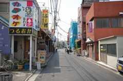 京浜急行大師線小島新田駅からシェアハウスへ向かう道の様子2。(2008-10-08,共用部,ENVIRONMENT,1F)