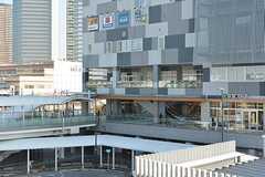 各線・新川崎駅周辺の様子。(2016-11-22,共用部,ENVIRONMENT,1F)